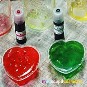 TRANSPARENT SOAP BASE MAKING KITชุดทดลองทำสบู่ก้อนใสจากน้ำมันพืช ระดับ อายุ 18 ปี