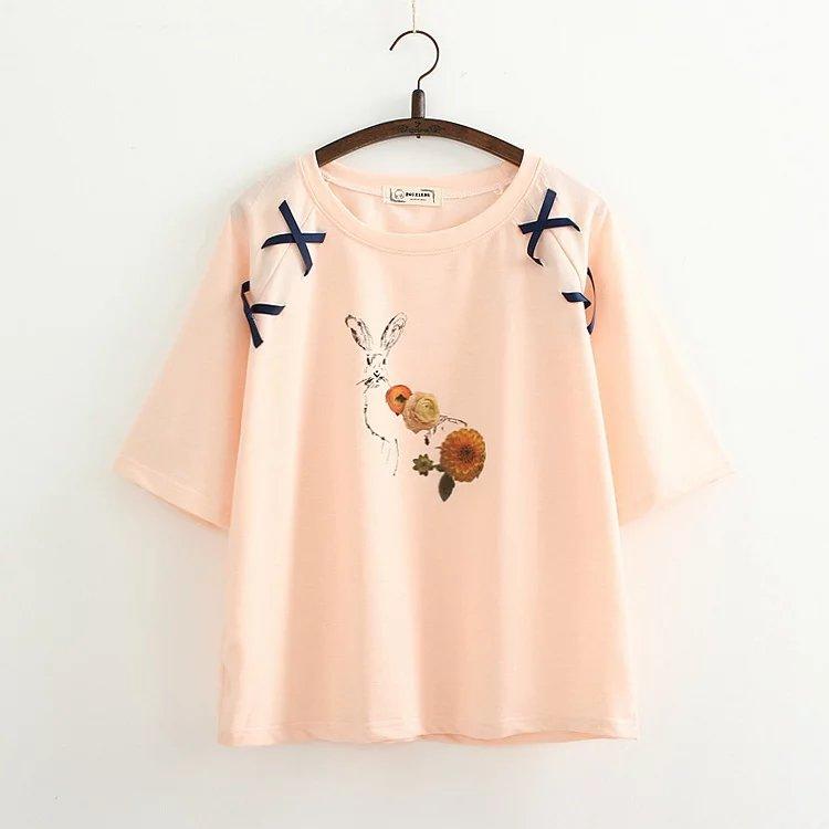 เสื้อยืดสีชมพูสกรีนลายน่ารักๆค่ะ