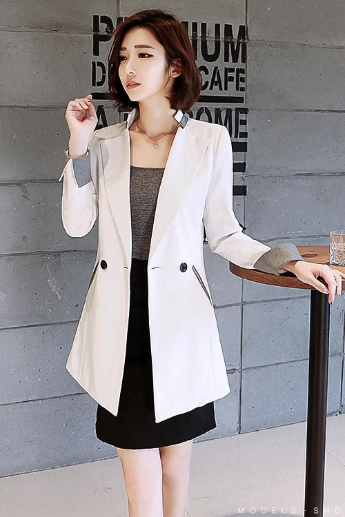 เสื้อสูทแฟชั่น เสื้อสูททำงาน เสื้อสูทผู้หญิง พร้อมส่ง เสื้อสูทสีขาว เนื้อผ้าโพลีเอสเตอร์ คอตตอน 100 % คุณภาพดีรหัส
