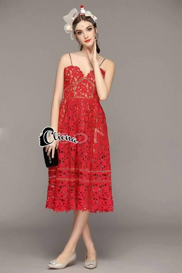 dress ลูกไม้สายเดี่ยวมีให้เลือก สองสี ขาว/แดง ลูกไม้แน่นช่วงอกเว้าทรงหัวใจ