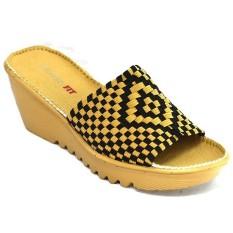 รองเท้าแตะส้นเตารีด