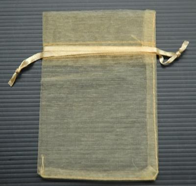 ถุงผ้าไหมสีทอง 10 X15 ซม. 8 ใบ