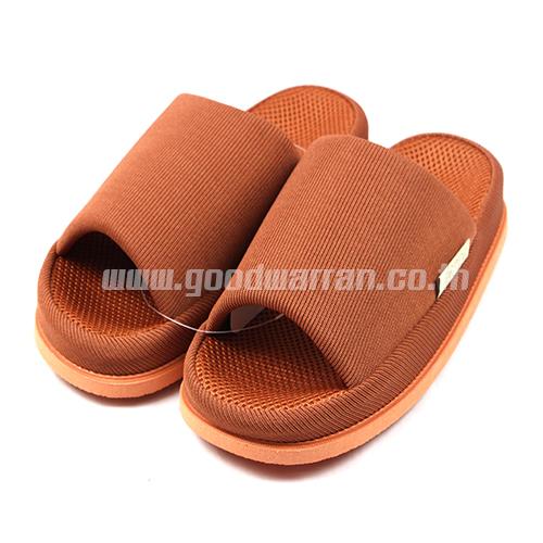 REFRE OKAMURA ขนาดเท้าเบอร์ 40-45 ใส่กันได้หมด สีแดงส้มอิฐ