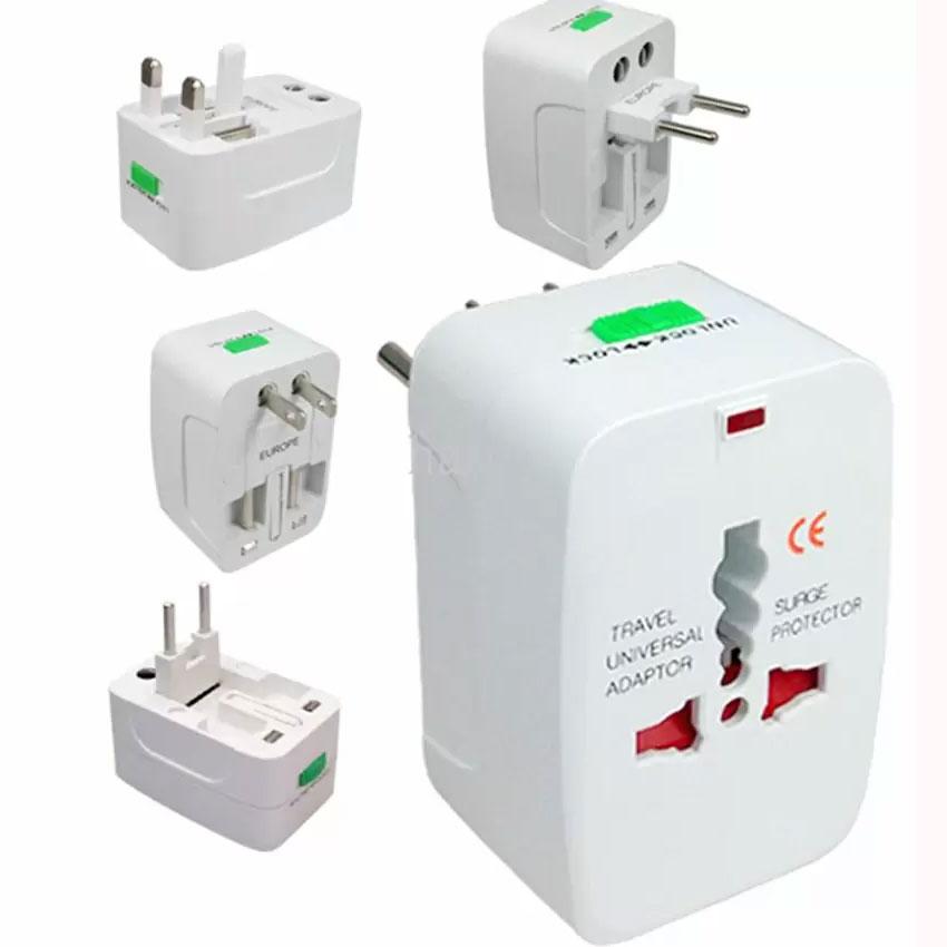 UVA19 Plug Universal Adaptor ตัวแปลง Sockets World Travel White
