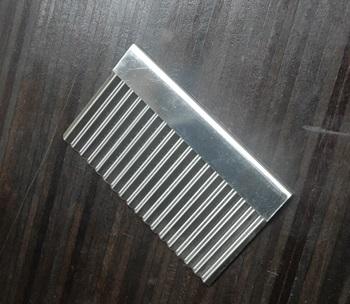 WAVY SOAP CUTTER แผ่นตัดสบู่แบบหยักขนาดเล็ก