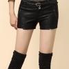 พร้อมส่งางเกงหนัง พร้อมส่ง สีดำ กางเกงหนังขาสั้น ทำจากหนังแกะสังเคราะห์ หนังเนื้อนิ่ม