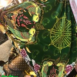 ผ้ายันต์พันคอ สาริกามหาเมตตา สีเขียว